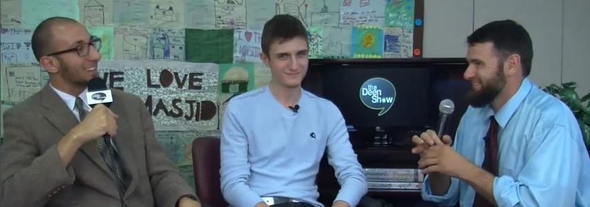 Fatih ketika diwawancara pihak The Deen Show mengenai riwayat hidupnya (via themusicvoice)